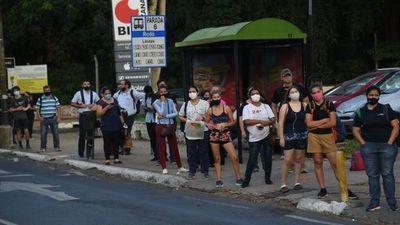 Sancionan cancelación de permisos a empresas de buses por reguladas