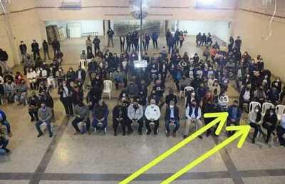 """Estafadores """"en primera fila"""" durante mitin político de exintendenta libero-cartista"""