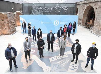 Argentina, primera en Latinoamérica en emitir identificaciones para personas no binarias