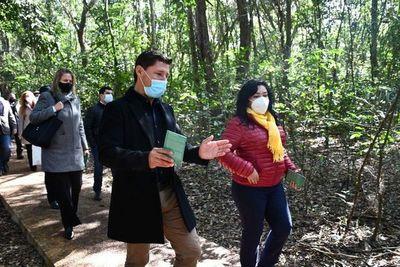 Habilitan el refugio biológico Mbaracayú para recorrido turístico educativo
