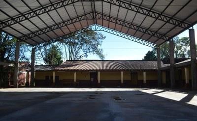 Guairá: Avanza construcción tinglado en el Centro Regional de Educación