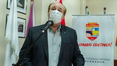 Funcionario denuncia por agresión a gobernador y a su hijo
