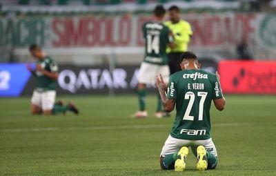 Palmeiras somete a la Católica y se medirá en cuartos con Sao Paulo