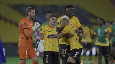 Barcelona de Guayaquil remonta y está entre los 8 mejores