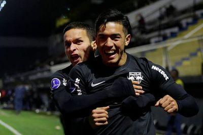 Bragantino avanza a cuartos de final y espera a Rosario o Táchira