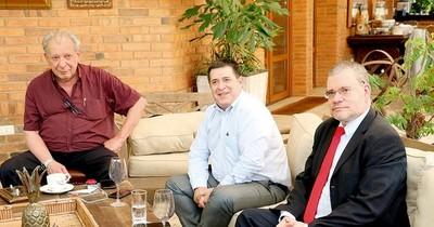 La Nación / Preocupa que gabinete no responda a la ANR