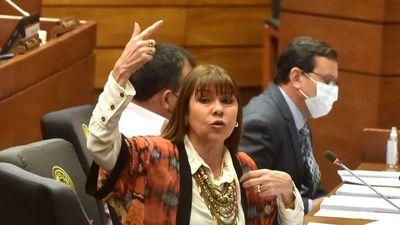 Diputado con parentela en Itaipú agravió a mujeres por sus opiniones