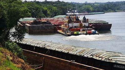 Continúa negro el panorama para la exportación  por el río Paraná