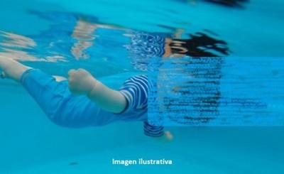 Beba de 1 año muere ahogada en piscina