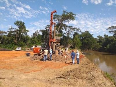 Avanza construcción de dos puentes en Amambay que beneficiarán a más de 6.000 personas