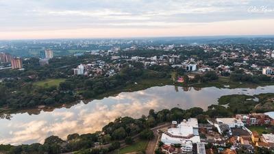 Rodeado de agua dulce, el acceso al vital líquido sigue pendiente en Alto Paraná