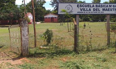 Roban televisor de una escuela de Villa del Maestro en Coronel Oviedo