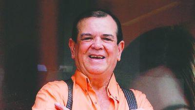 Carlitos Vera, internado por culpa del coronavirus