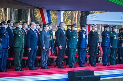 Mario Abdo presidió acto por Día del Ejército Paraguayo