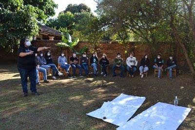 Sonidos de la Tierra promueve la formación de líderes juveniles