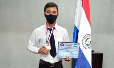 Joven carayaoénse es campeón nacional en Física – Prensa 5