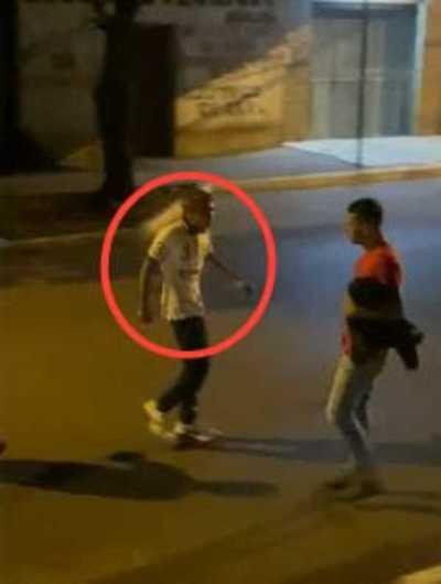 Fiscal imputó a sujeto que amenazó con apuñalar a varias personas