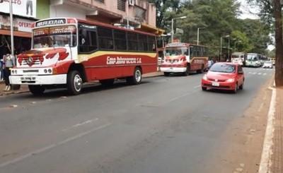 Anuncian veto de suba de pasaje y cese de contrato con transportistas