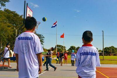 Santa Rosa del Aguaray y Capiibary ya cuentan con Plazas Deportivas