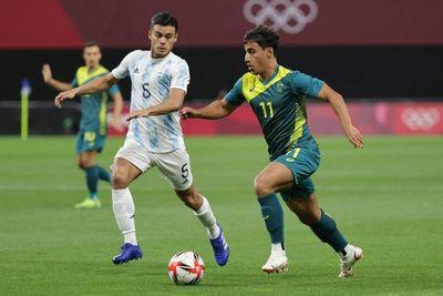 Argentina se complica ante Australia