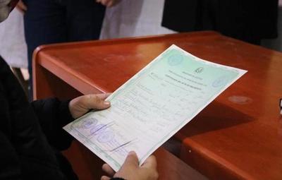 Expedición de certificados de nacimiento: Registro Civil atenderá hasta las 21:00