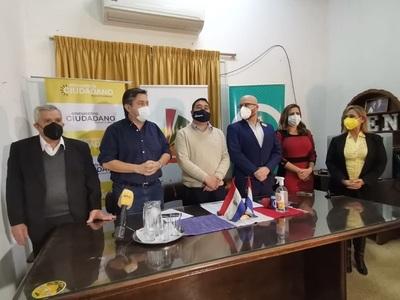 """Afirman que """"actos de patriotismo"""" hicieron posible la unidad de la oposición en Asunción"""