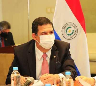 Paraguay debe plantear a Brasil un resarcimiento por la deuda ilegal de Itaipú, afirmó Vicepresidente