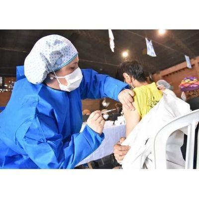 Pediatras acompañarán vacunación de adolescentes este viernes