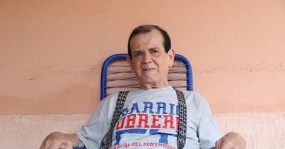 La Nación / Carlitos Vera, internado por complicaciones pos-COVID-19