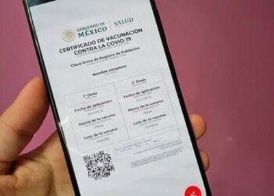 Certificados de vacunación falsos: el nuevo fraude con el COVID-19 en México