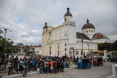 Oraciones, protestas y barricadas por el asesinado presidente haitiano Moise