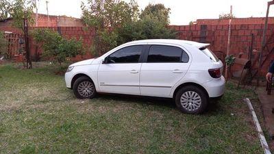 Recuperan taxi que había sido robado