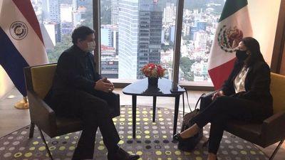 Paraguay negocia compra de   500.000 dosis de AstraZeneca