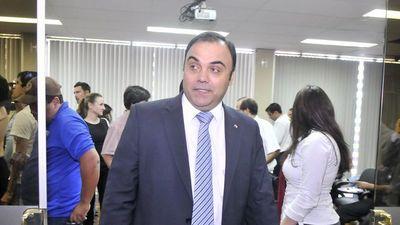 Ex fiscal general Díaz Verón y esposa recusan a fiscala