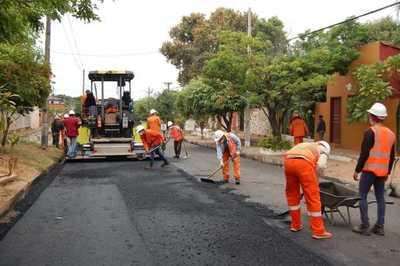 MOPC licita mejoramiento de casi 90 km de caminos vecinales en Caazapá y Guairá