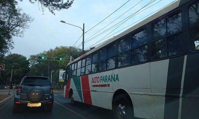 Intendente veta suba del pasaje y anuncia cancelación de contratos – Diario TNPRESS