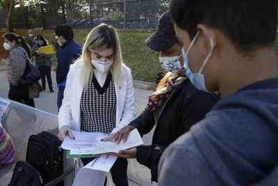 Defensores públicos están presentes en todos los vacunatorios