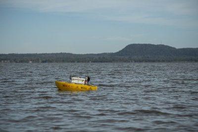 Drones acuáticos monitorean la contaminación del Lago Ypacaraí