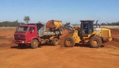 Caazapá: Arreglan caminos en el distrito de Yuty