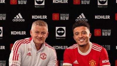 Jadon Sancho firma por el Manchester United hasta 2026