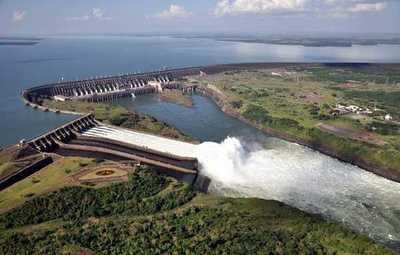 Parlasurianos plantean que Brasil y Paraguay consideren informe de Contraloría sobre deuda de Itaipu durante revisión del Anexo C del tratado