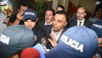 Juez rechaza pedido de la Fiscalía sobre declaración de rebeldía de Diaz Verón y Esposa.