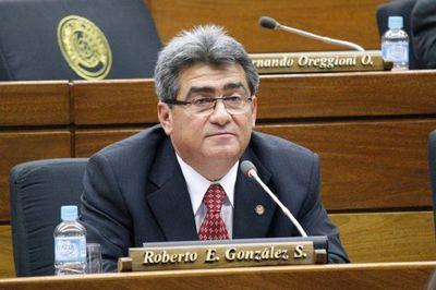 Diputado trata de «putita con escapulario» a diputada que criticó a la ANR por deuda espuria de Itaipú