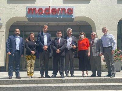 Paraguay suscribió contrato para adquirir 2.000.000 de dosis Moderna