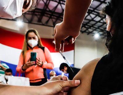 Paraguay celebra vacunación de un millón de personas en tres semanas y garantiza segunda dosis
