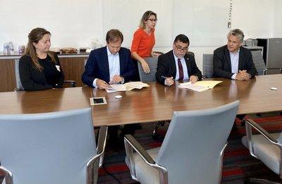 Paraguay firmó contrato con Moderna para la adquisición de 2 millones de vacunas