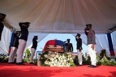 Haití: disparos, gases lacrimógenos y disturbios durante el funeral del presidente Jovenel Moise – Prensa 5