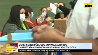 Defensores públicos en vacunatorios