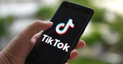 Un niño de 12 años muere en EE.UU. tras participar en 'el desafío del apagón' de TikTok