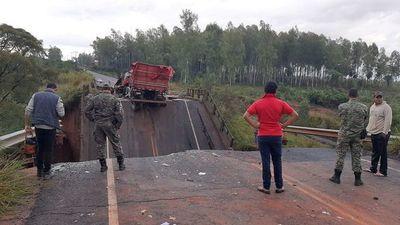 Otro puente que cae y ya da miedo: MOPC dice que está en terreno privado (Video)